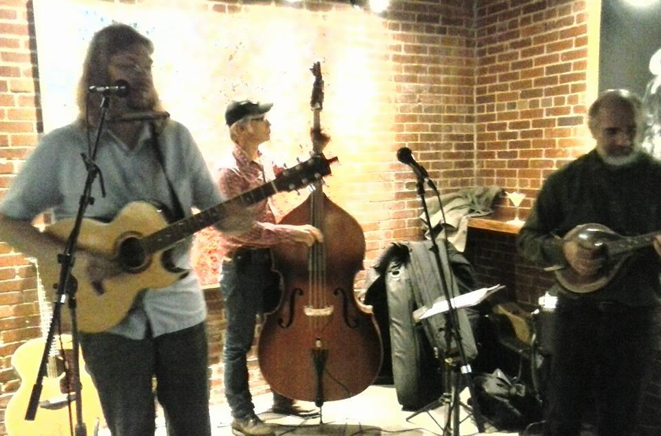 Acoustic trio at Big Springs Spirits